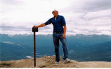 Me_on_top_of_Mt_Healy2-small.jpg 424.7 KB